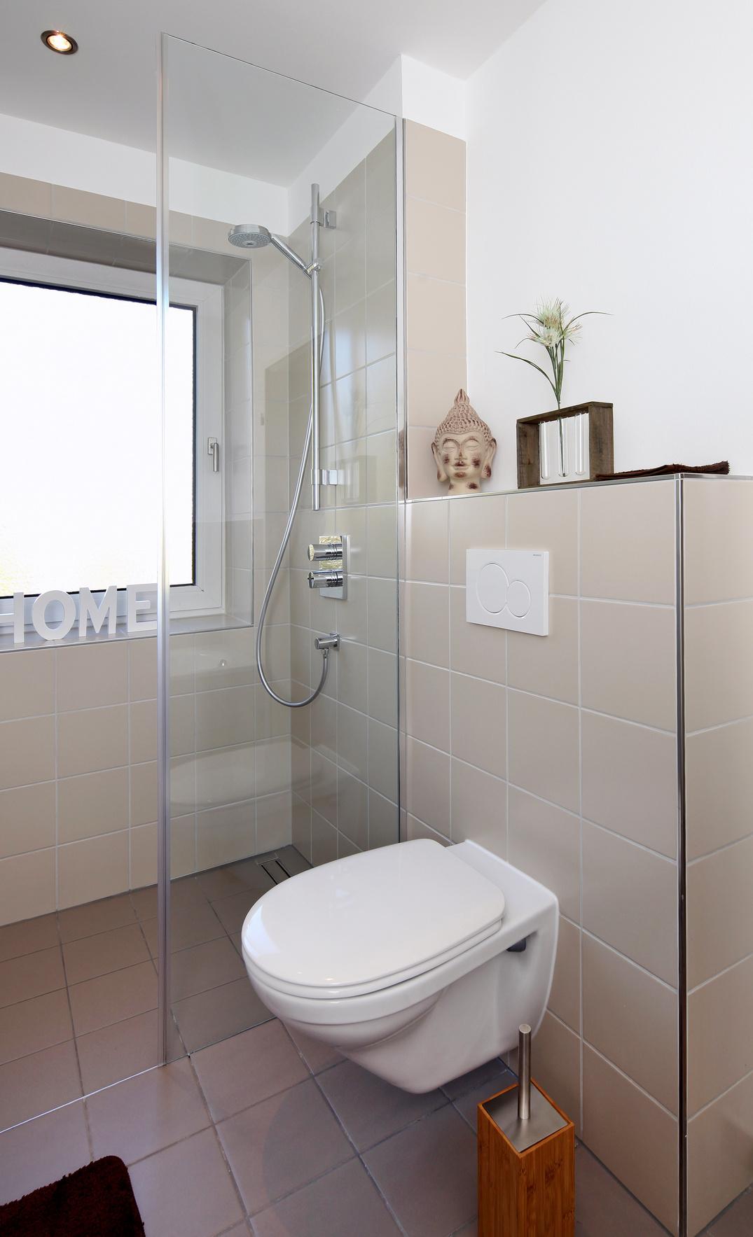 kantenprofile f r fliesen verschiedene profile setzen akzente brandst dter. Black Bedroom Furniture Sets. Home Design Ideas